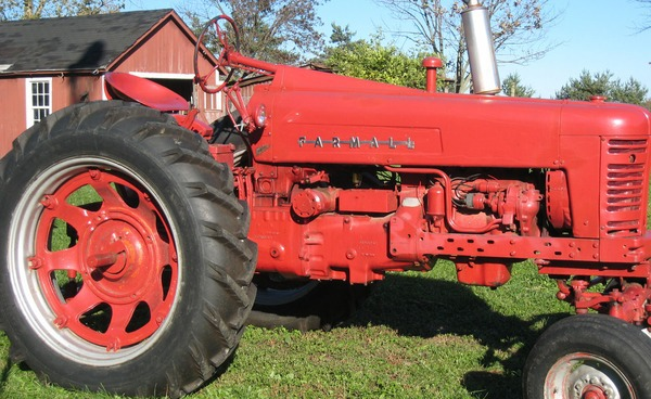 Old Tractor, a piece of agricultural history