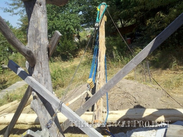 Gin pole for timber framing